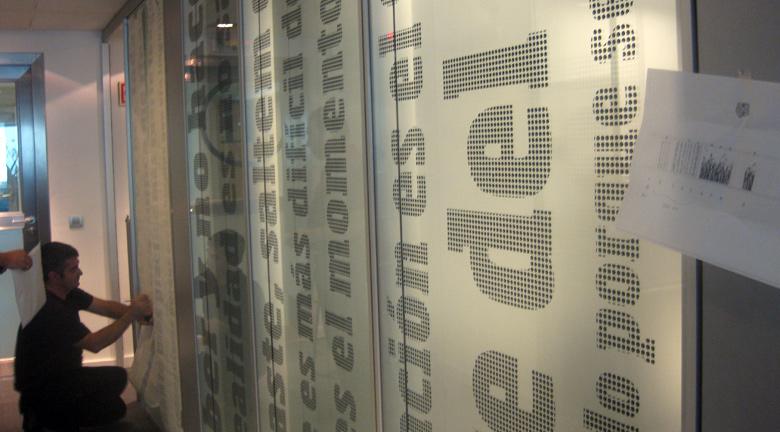 Diseno-grafico-vinilos-oficina-corporativa_05