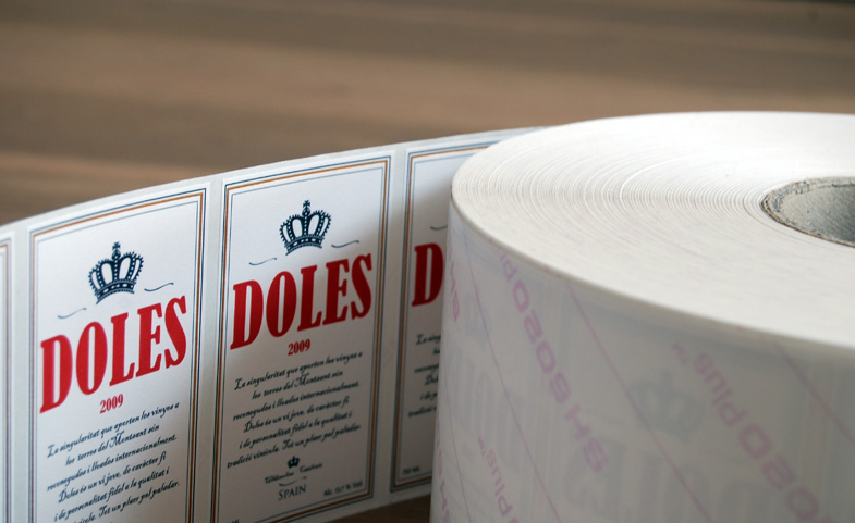 Diseño etiqueta Doles